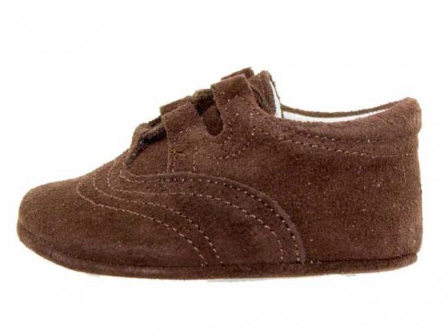 Zapatos Inglesitos bebe serraje marrón