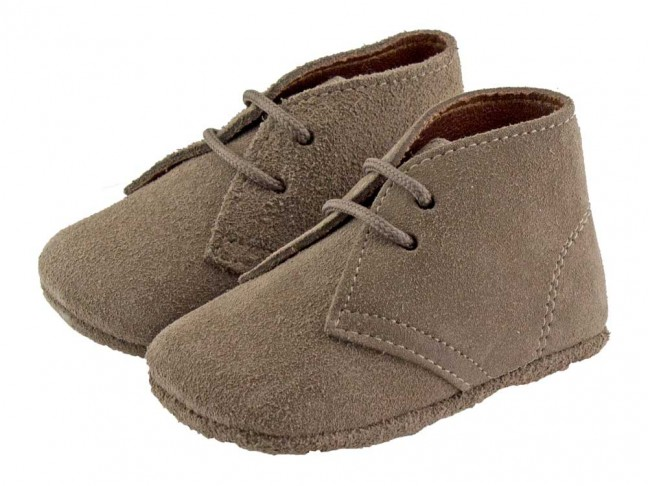 Pisacacas bebé serraje marrón