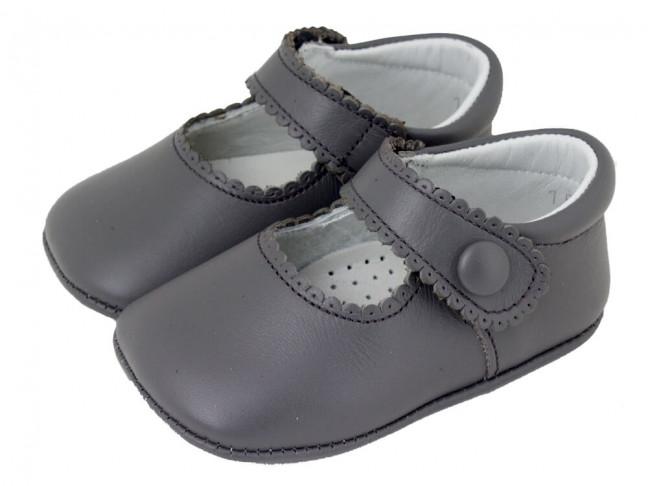 Merceditas bebe piel botón velcro gris