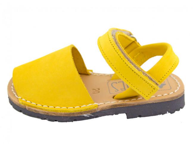 Menorquinas niño niña velcro Nobuck amarillas