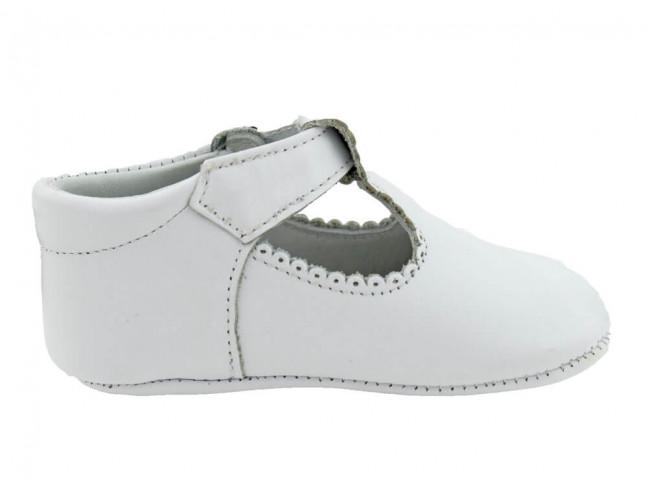 Zapatos Pepitos bebé piel blancos
